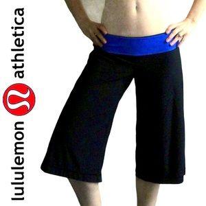 LULULEMON black with blue trim crop pants 6 8 10